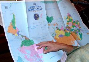 Карта мира по-австралийски. Фото Лены Шварц.